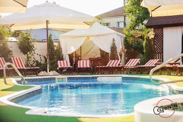 отдых в кирилловке с бассейном