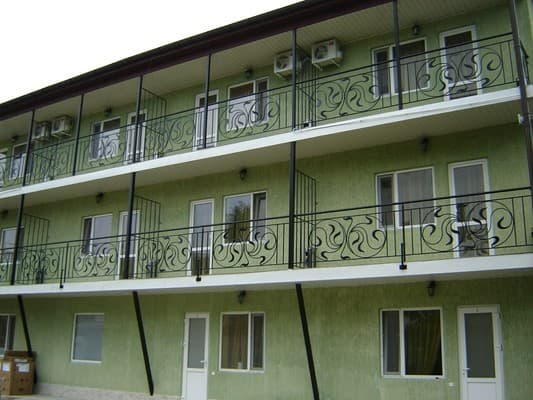 Mini hotel Volna, Zatoka: photo, prices, reviews