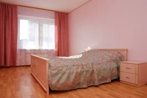 Hotels Kyiv. Hotel Apartment Daily two-room Apartment Suite, Osokorki, Bazhana Ave 12