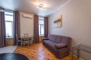 Hotels Kyiv. Hotel DayFlat Apartments Maidan Area