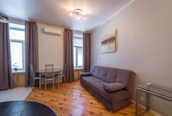 Apartment DayFlat Apartments Maidan Area, Kyiv: photo, prices, reviews