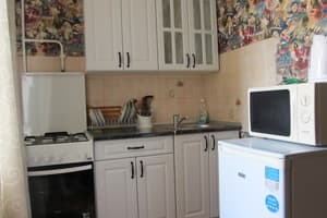 Hotels Sumy. Hotel Apartment Lushpy Avenue, 15
