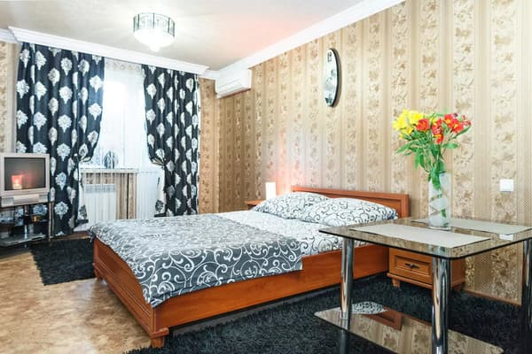 Apartment Apartamenti na ul.Nezavisimoy Ukraini ,  Zaporizhia: photo, prices, reviews