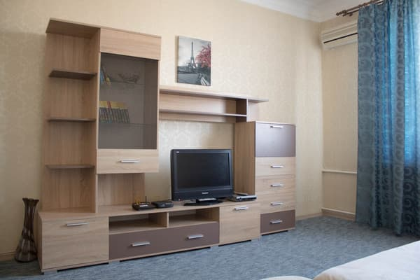 Apartment Apartamenti na  prospekte Sobornom 153,  Zaporizhia: photo, prices, reviews