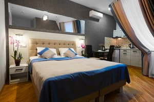 Hotels  city Lviv and region. Hotel Antares Apart-Hotel