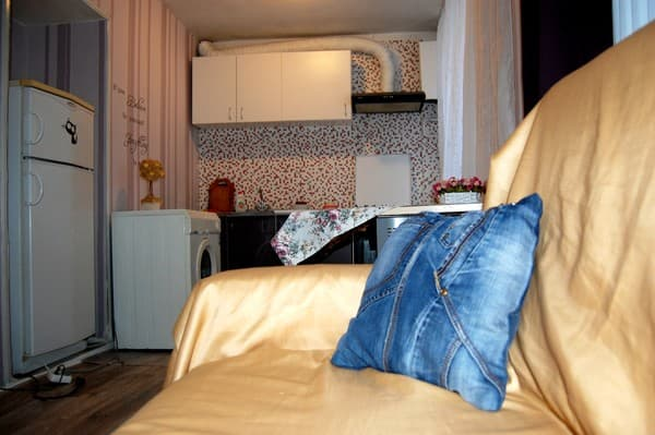 Apartment Standard Apartment on Umanskaya , Kyiv: photo, prices, reviews