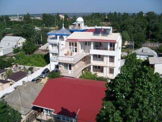 Guest Court Chernomorskiy 18, Zatoka: photo, prices, reviews