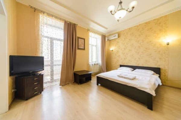Apartment 911 Flat na Antonovicha, Kyiv: photo, prices, reviews