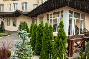 Hotels  city Ternopil and region. Hotel Globus