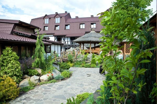 Hotel and restaurant complex Baron Gartenberg, Chernivtsi: photo, prices, reviews