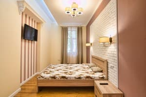 Hotels  city Lviv and region. Hotel Lviv4U ul. Kostyushko, 5