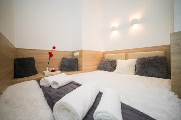 Apartment Lviv4U ul. Krehovskaya, 7/В, Lviv: photo, prices, reviews
