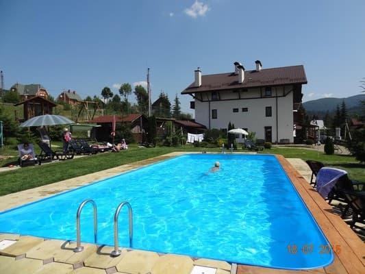 Пансионат с бассейном в Славском