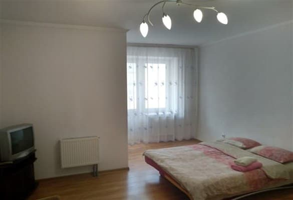 Apartment Lutsk Apartment ul.Lipinskogo 3,  Lutsk: photo, prices, reviews