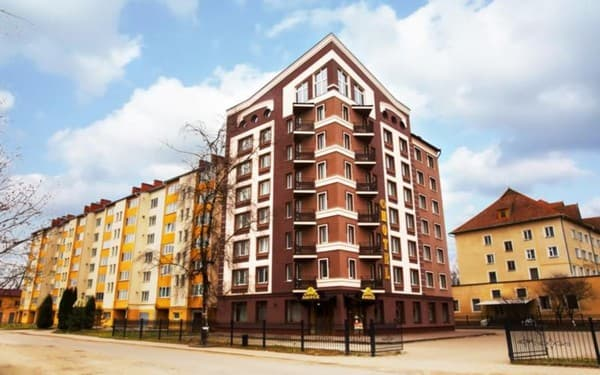Hotel Amber, Bohorodchany: photo, prices, reviews