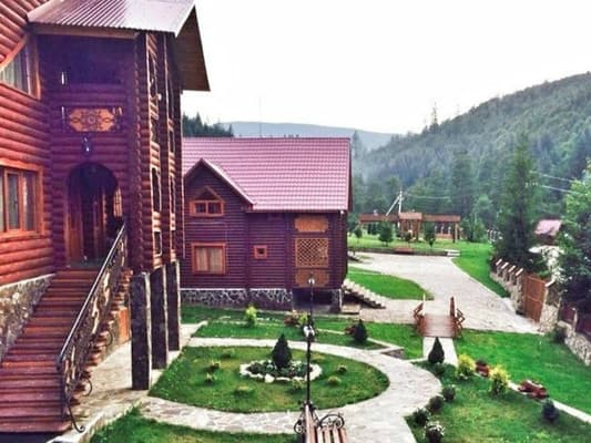 Hotel Lisova Kazka, Zhdenieve: photo, prices, reviews