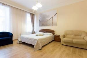 Hotels Kyiv. Hotel Apartment One-Room Apartment on Peremohy Avenue, 23