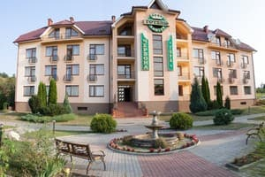 Hotels  city  Uzhhorod and region. Hotel Chervona hora