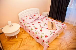 Hotels  Zaporizhia. Hotel 2 rooms Apartment on Soborny Avenue 182. Luxury class. Center