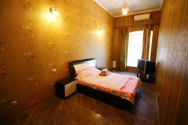 Apartment Menshikov Apartments, Odesa: photo, prices, reviews