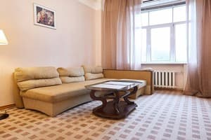 Hotels Kyiv. Hotel Apartment Two-room apartment on Khreshchatyk Str, 27