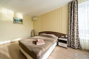 Hotels Kyiv. Hotel Apartment S&M Apartments 12-1: studio without balcony on Zarichna Str