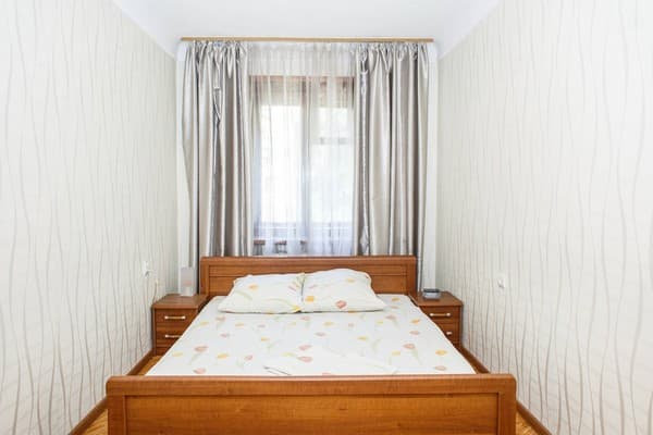 Apartment Apartamenti na ul.Yacenko ,  Zaporizhia: photo, prices, reviews