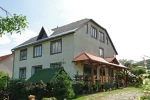 Hotels  city  Uzhhorod and region. Hotel De Kampo