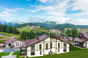 Hotels Bukovel. Hotel  Golden Chalet