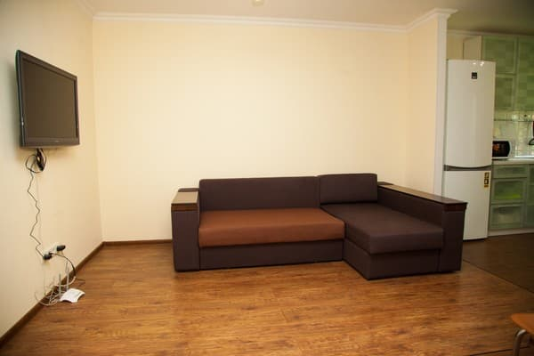 Apartment Apartamenti na ul. Divnogorskaya 13,  Zaporizhia: photo, prices, reviews