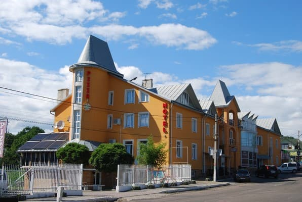 Hotel Staraya Bania, Kitsman: photo, prices, reviews