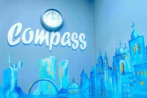 Hotels Kyiv. Hotel Uneed Compass