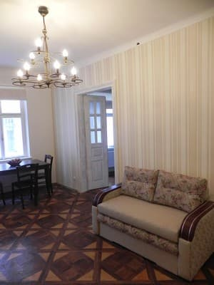 Apartment Apartment Two-level apartment on Svobody Avenue, 1/3, Lviv: photo, prices, reviews