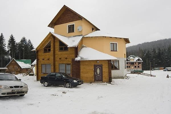 Private estate U Ostapa, Oriavchyk-Zveniv: photo, prices, reviews