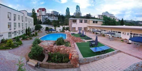 Hotel Prestij, Yalta: photo, prices, reviews
