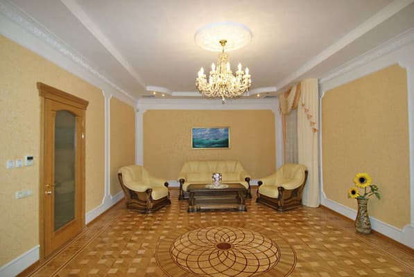 Apartment trehkomnatnie na ul.Chehova, № 420, Yalta: photo, prices, reviews