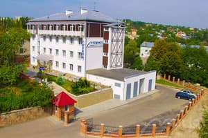 Hotels Truskavets. Hotel Mariot Medical Center