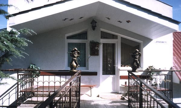 Villa Kristina, Alushta: photo, prices, reviews
