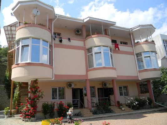 Hotel Laska, Alushta: photo, prices, reviews
