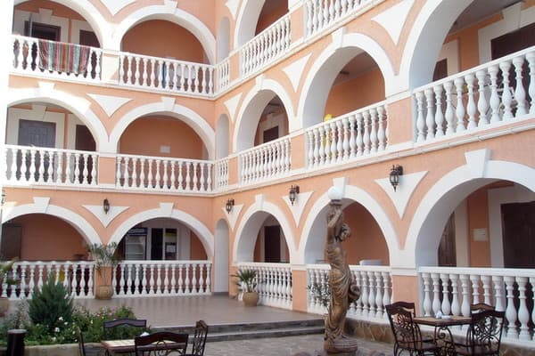 Hotel Natalia, Yevpatoria: photo, prices, reviews