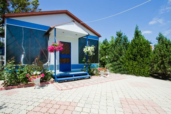 Mini hotel Volna, Feodosiya: photo, prices, reviews