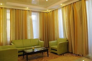 Hotels Kyiv. Hotel Good Rent on Velyka Vasylkivska