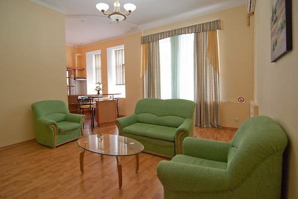 Apartment Centr-Kiev on Mala Zhytomyrska Street, Kyiv: photo, prices, reviews