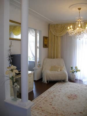 Apartment on Karla Marksa,  Dnipro: photo, prices, reviews