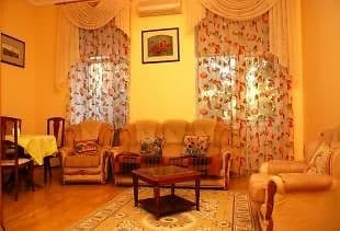 Apartment Kiev Centre Opera (near subway station Teatralnaya), Kyiv: photo, prices, reviews