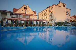 Hotels  city Kherson and region. Hotel 27 Zhemchuzhin