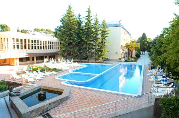 Tourist complex  Zolotoy Kolos, Alushta: photo, prices, reviews