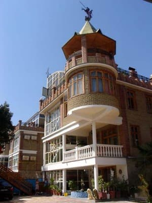 Boarding house Medniy Vsadnik, Yalta: photo, prices, reviews