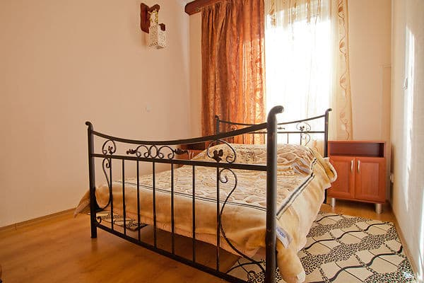 Mini hotel Uyutniy on Shklyaruka Street 12B, Odesa: photo, prices, reviews