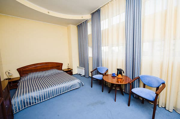 Hotel 7 Days, Kyiv: photo, prices, reviews